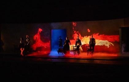 Monsieur-Goya---Video-escena-